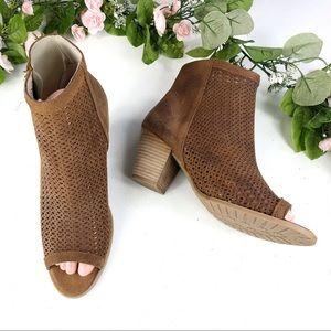 Eric Michael brown Laser cut shoes size 41 (#9)